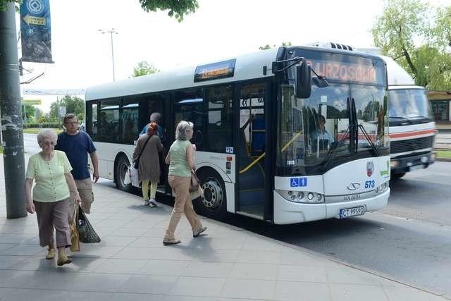 Autobus nr 13 - pogotowie reporterskiemzk