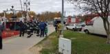 Rowerzysta wpadł do kanału portowego w Łebie 4.11.2018. Mężczyzna trafił do szpitala [zdjęcia]