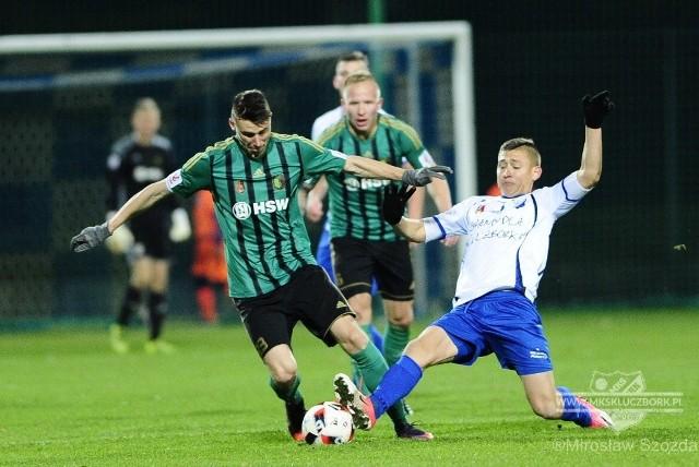 Jesienią Stal bezbramkowo zremisowała w Kluczborku. Powtórka tego wyniku zapewni jej utrzymanie w drugiej lidze.