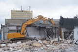 Trwa wyburzanie Galerii Kwadrat