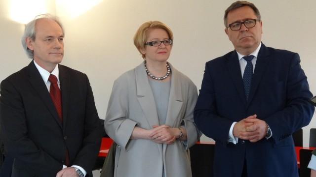 Posła Adama Szejnfelda i ministrę Agnieszkę Kozłowską Rajewicz przyjmował w Owińskach starosta poznański Jan Grabkowski