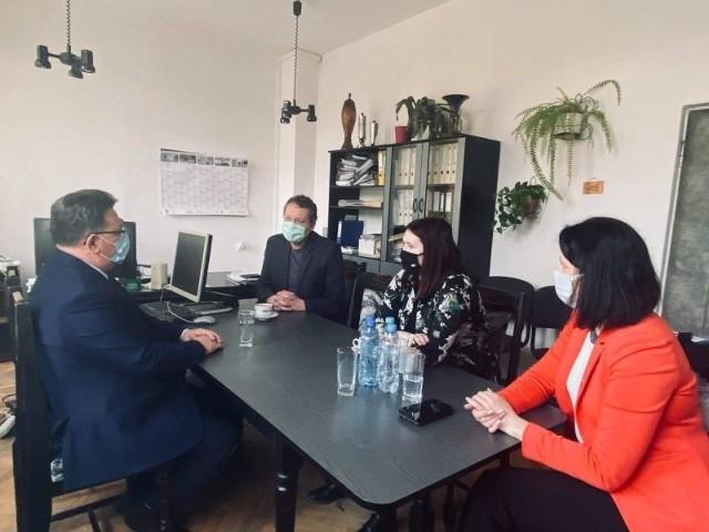 Minister Rolnictwa i Rozwoju Wsi Anna Gembicka gościła w powiecie golubsko-dobrzyńskim