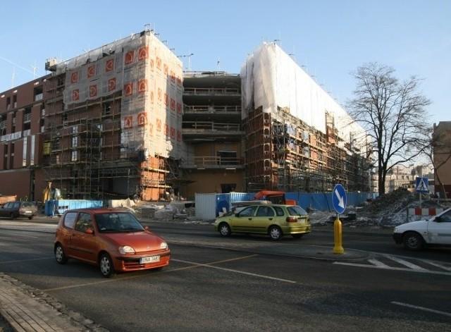 Budowa Centrum Handlowego Solaris w Opolu. Wielkie otwarcie juz w marcu 2009.