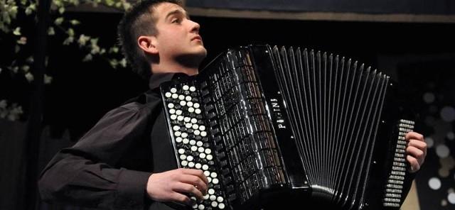 Bartek Głowacki to pierwszy od sześciu lat Polak, który wystąpi w konkursie Eurowizji.