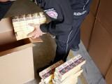 Prawie milion paczek papierosów w nielegalnym magazynie na Śląsku ZDJĘCIA