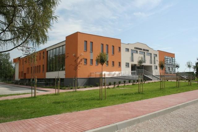Tak wygląda jędrzejowskie Centrum Kultury po modernizacji, jaką przeprowadziła tutejsza firma Kartel. fot. archiwum