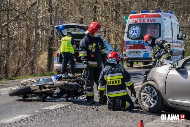 Koszmarny wypadek motocyklisty w Stanowicach pod Wrocławiem