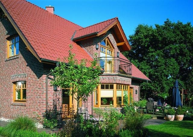Dom pod miastem może być kosztowny Mieszkając poza miastem, na dojazdy do pracy wydamy co najmniej 600 zł.