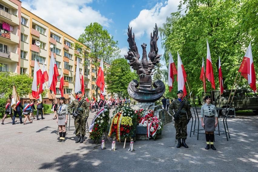 Uroczystości pod Pomnikiem Sił Zbrojnych na Zachodzie przy ul. M. Curie-Skłodowskiej.