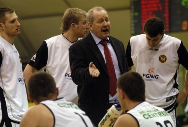 Trener Bogusław Wołoszyn myśli już, jak przygotować krośnieński zespół do fazy play-out.