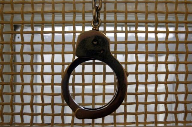 Włamanie u Pyżalskich: trzech podejrzanych, cudzoziemiec i zlecenie zza krat