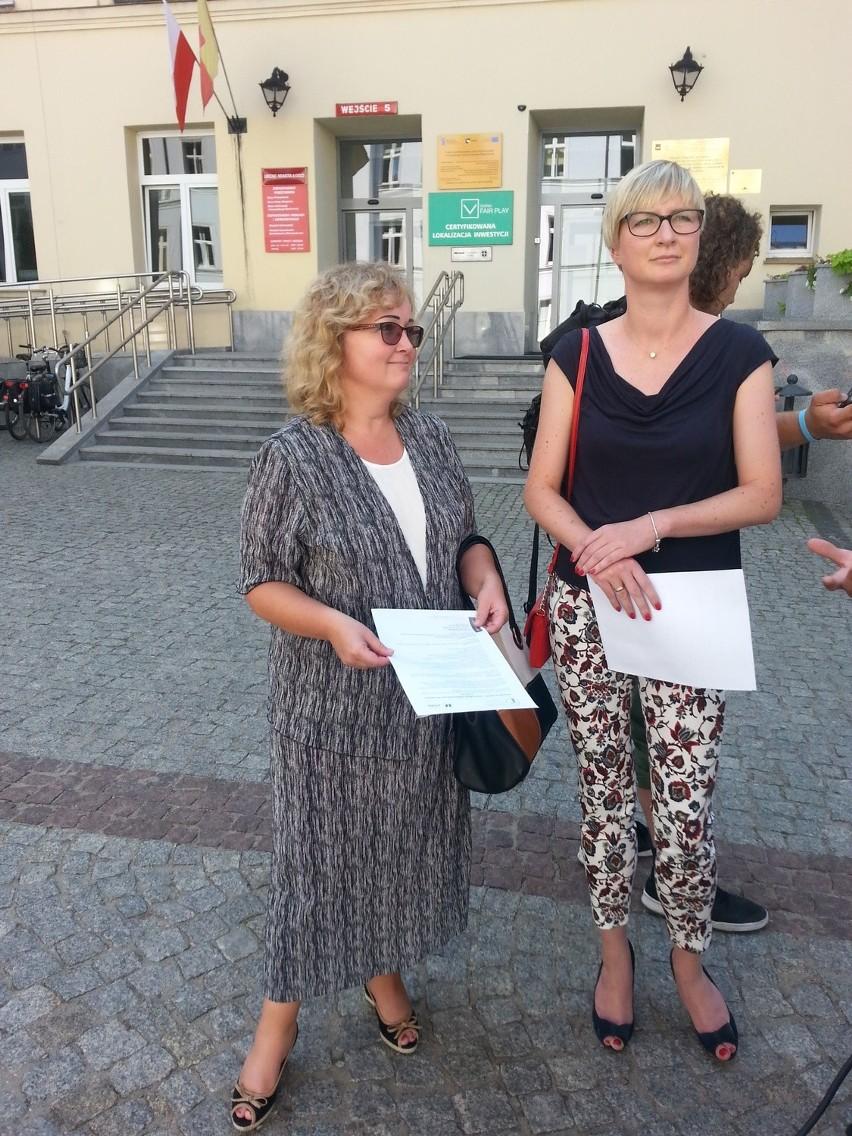 O ofercie dla szkół opowiadały we wtorek radna Małgorzata Bartosiak oraz dr Katarzyna de Lazari-Radek