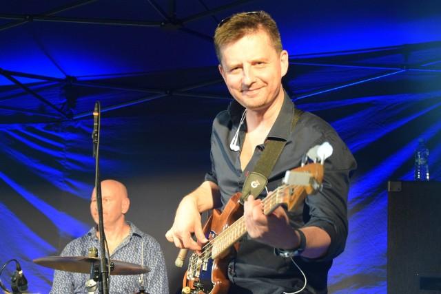 Łukasz Gorczyca po raz kolejny zawita w Sępólnie, tym razem z brytyjską saksofonistką i kompozytorką Patsy Gamble