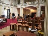 Legendarny Grand Hotel w Łodzi  wyprzedaje całe swoje wyposażenie ! [ZDJĘCIA]