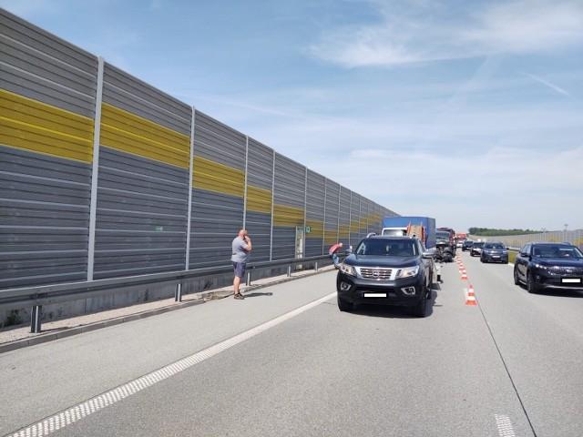Wypadek na S8 koło Zduńskiej Woli.