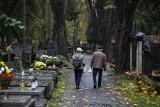 Koronawirus w Polsce. Co z cmentarzami we Wszystkich Świętych? Minister zdrowia odpowiada co z 1 listopada