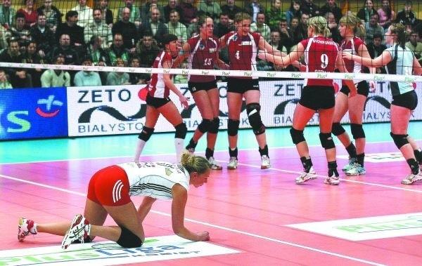 Lucie Muhlesteinova często mogła się tylko przyglądać cieszącym się po zdobyciu kolejnych punktów przeciwniczkom