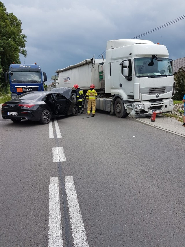 Na miejscu wypadku w miejscowości Zrecze Duże