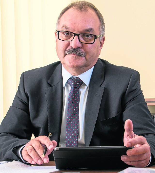 Będziemy zabiegać, aby problem smogu i koniecznej wymiany pieców został objęty dodatkowym wsparciem rządowym – mówi Cezary Przybylski, marszałek województwa dolnośląskiego