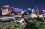 Tragiczny wypadek na drodze niedaleko Chełmży. Nie żyje kierowca fiata [zdjęcia]