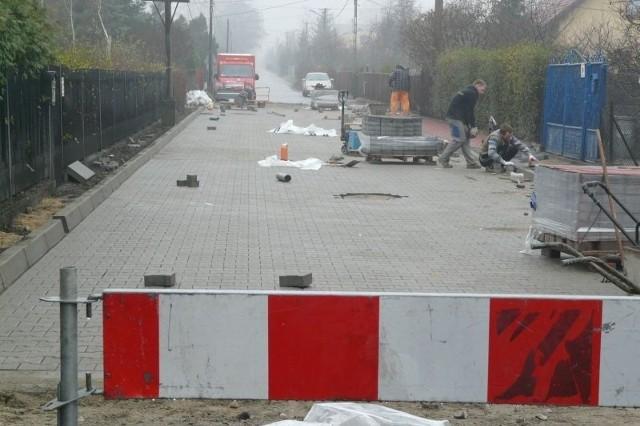Roboty drogowe na ul. Witosa są już na ukończeniu, 30 listopada droga powinna zostać otwarta dla ruchu.