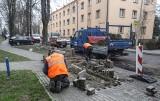 Na ulicy Staszica znowu pracują. Będzie nowy asfalt [ZDJĘCIA]
