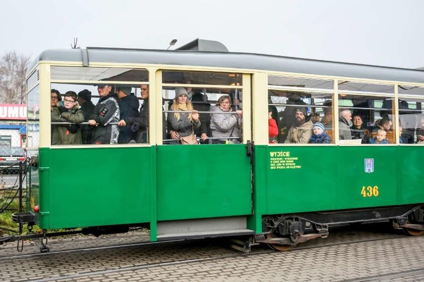 """Start i meta """"Rozśpiewanego tramwaju mistrza"""" będzie na pl...."""