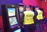 Siedem automatów hazardowych zarekwirowano w jednym z lokali w Chełmie