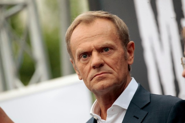 """Kryzys na granicy polsko-białoruskiej. Donald Tusk zabiera głos i wzywa do budowania """"elementarnej zgody narodowej"""""""