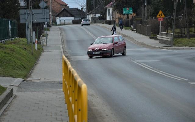 Planowana modernizacja zakłada m. in. przebudowę skrzyżowania drogi krajowej z drogą wojewódzką, prowadzącą w kierunku Proszowic.