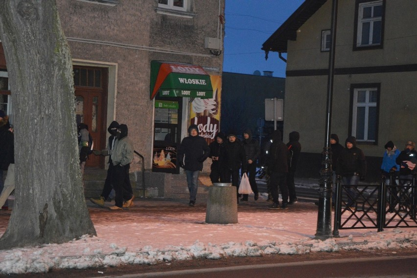 """Manifestacja ONR w Ełku. """"Ełk wolny od dżihadu"""" (zdjęcia,..."""
