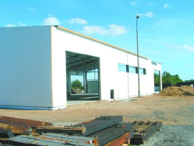 Czeremcha. Nowa inwestycja Nasycalni PodkładówNowa hala zostanie otwarta w piątek 28 września. Będzie tu centrum sterowania urządzeniami do obróbki.