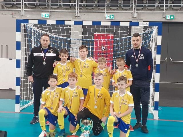 Srebrni medaliści turnieju o Puchar Prezydenta Miasta Łodzi, piłkarze PSV Łódź