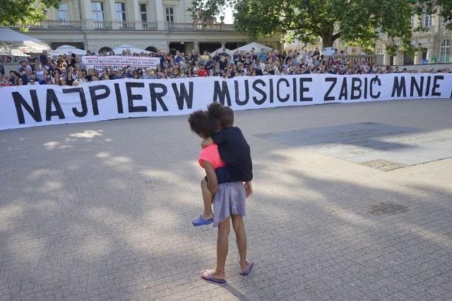 Milczący protest w Poznaniu