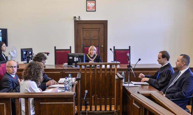Prof. Machcewicz kontra dr Nawrocki: Dyrektorzy MIIWŚ przed sądem