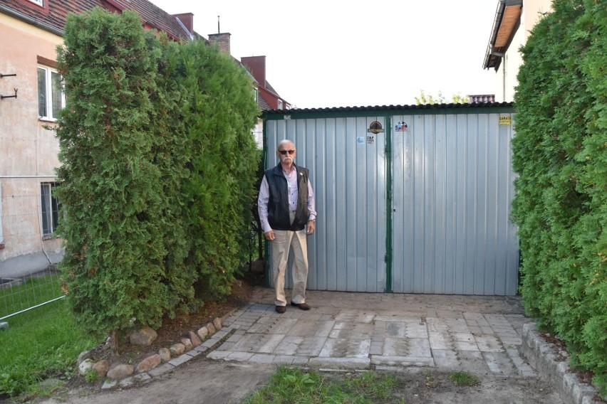 Zygmunt Smoliński z Grudziądza: - Gdy dostałem pismo z MPGN-u, że wypowiada mi umowę dzierżawy gruntu pod garaż, załamałem się. Ma go blisko 60 lat i żadnych zaległości