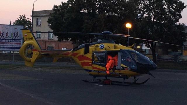 Na pływalni w Brzegu zasłabł dwulatek. Śmigłowiec LPR-u zabrał go do szpitala w Opolu.