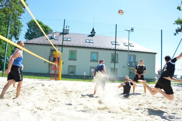 Turniej siatkówki plażowej odbył się w gminie Wielka Wieś po raz drugi