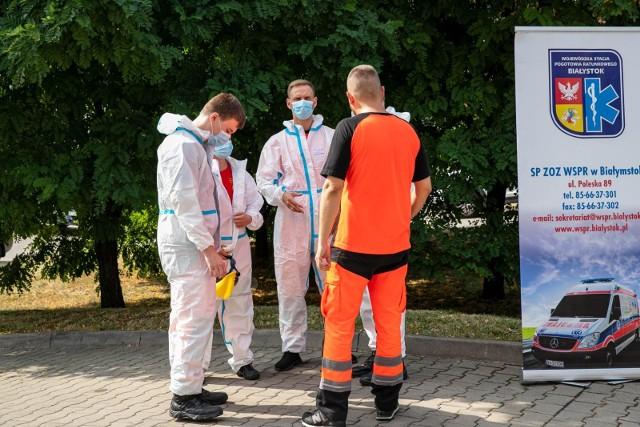 Ratownicy z białostockiego pogotowia wrócą do pracy 1 października (zdjęcie ilustracyjne).