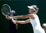 Australian Open. Wygrana Radwańskiej, Linette odpadła w pierwszej rundzie, rekord Karlovicia