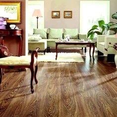 Najnowsze panele podłogowe do złudzenia przypominają naturalne drewniane deski
