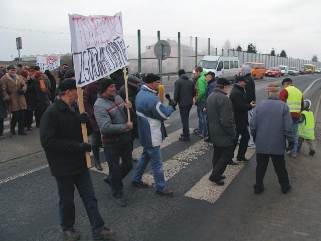 To już kolejna w ostatnim czasie blokada międzynarodowej trasy E40. Nz. protest mieszkańców Tuczemp koło Jarosławia.