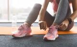 Damskie buty sportowe. Wiosna 2021. Jakie buty wybrać do biegania, na co dzień, na siłownię lub fitness?