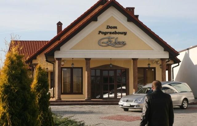 Tak wygląda pierwszy w Kielcach prywatny dom pogrzebowy EDEN, zbudowany kosztem 2,5 miliona złotych. Fot. A. Piekarski