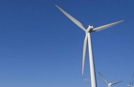 Podlaskie. Prąd z wiatru popłynie w naszych gminach 15 turbin z farmy Orla ma docelowo produkować 37,5 MW energii, co da 100 GWh rocznie