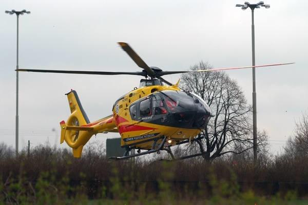 Wypadek w szkole w Jankowicach. Chłopiec uderzył głową w ścianę podczas wuefu. Zabrał go helikopter LPR