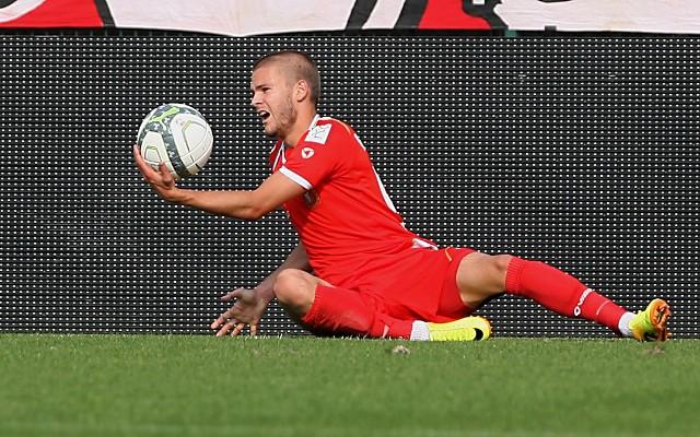 Veljko Batrović przynajmniej do końca rundy jesiennej nadal będzie piłkarzem Widzewa
