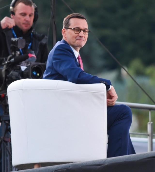 Wyjaśnienie przez premiera Mateusza Morawieckiego kwestii ozusowania osób prowadzących działalność gospodarczą i zapewnienie, że dotychczasowe rozwiązania zostaną utrzymane, jest krokiem w dobrym kierunku, uważają przedsiębiorcy.