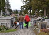 Gorliczanie porządkują groby swoich bliskich [Zdjęcia]