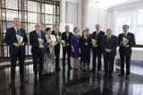 Samorządy z województwa podlaskiego nagrodzone za walkę z grypą